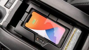 Toyota Highlander phone charging